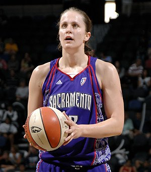 WNBA Star Linda Fröhlich ist Gast bei den Bascats!!!