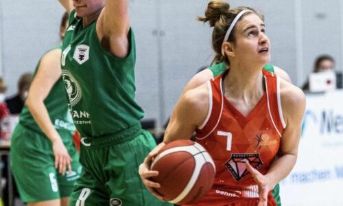 Österreichische Nationalspielerin Simone Sill trägt die Farben der Bascats